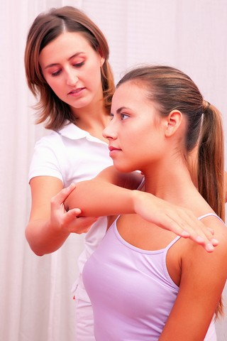 physio for shoulder pain in Blaxcell